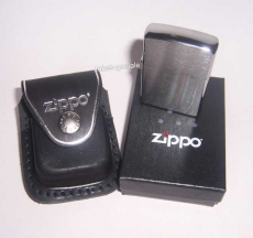 ZIPPO Feuerzeug mit Ledertasche in Schwarz